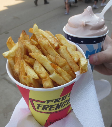 fair_fries_shake2