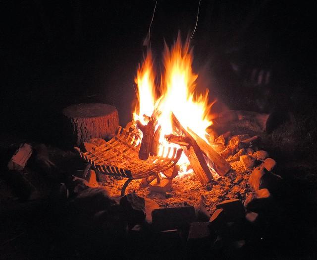 Campfire, Nikon COOLPIX P520