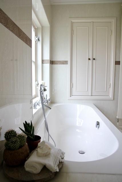 Lichte badkamer landelijke stijl
