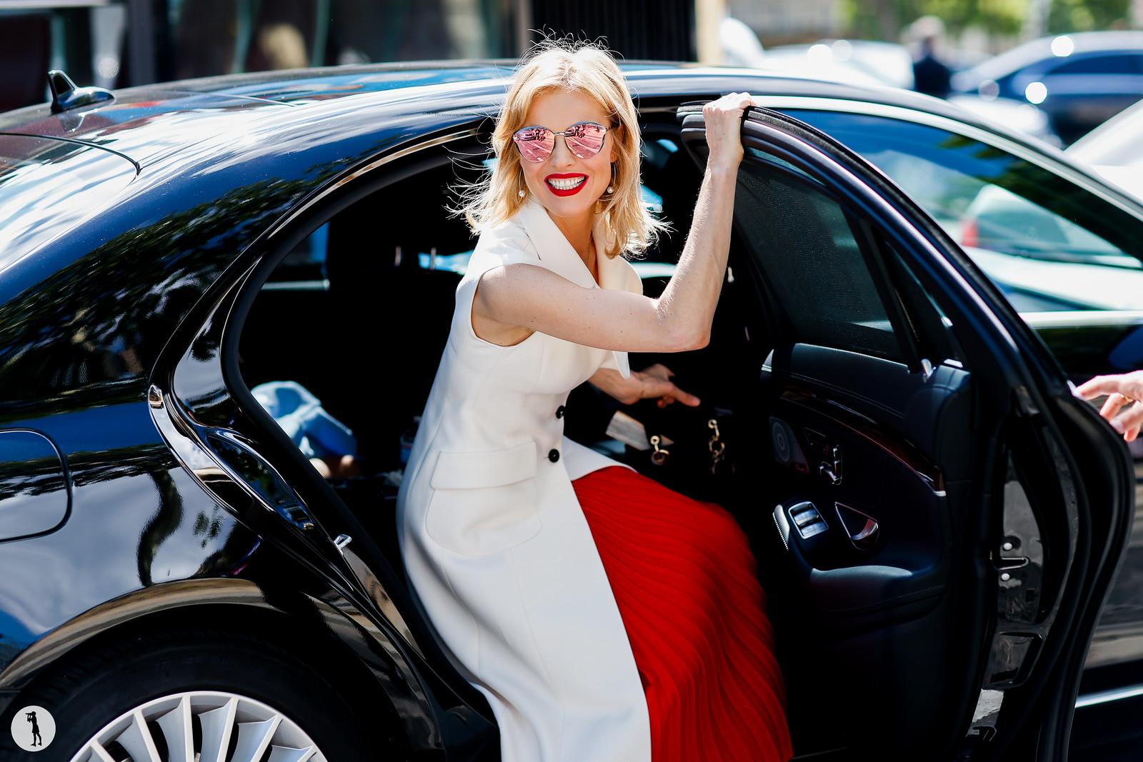 Eva Herzigova - Paris Fashion Week Haute Couture FW17-18 (2)