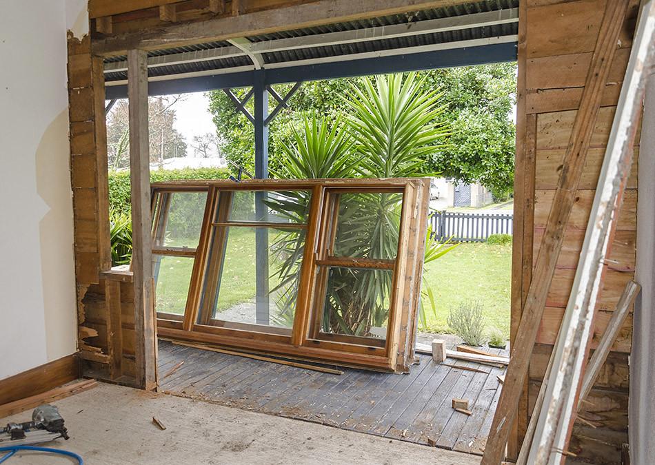Renovierung - Das Fenster ist ausgebaut