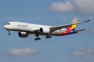 5 septembre 2017 - ASIANA  AIRLINES - Airbus  A 350-900  F-WZNJ  msn 144  (HL7578) - LFBO - TLS