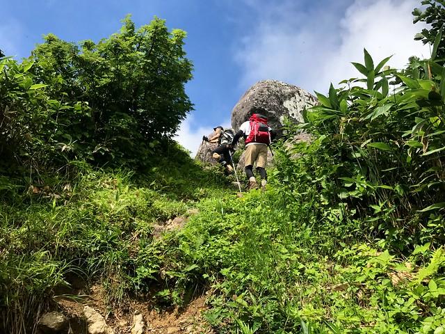 銚子ヶ峰 母御岩