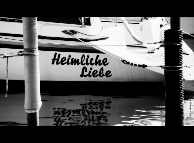 Heimliche Liebe / secret love, Sony SLT-A77V, Tamron 16-300mm F3.5-6.3 Di II PZD