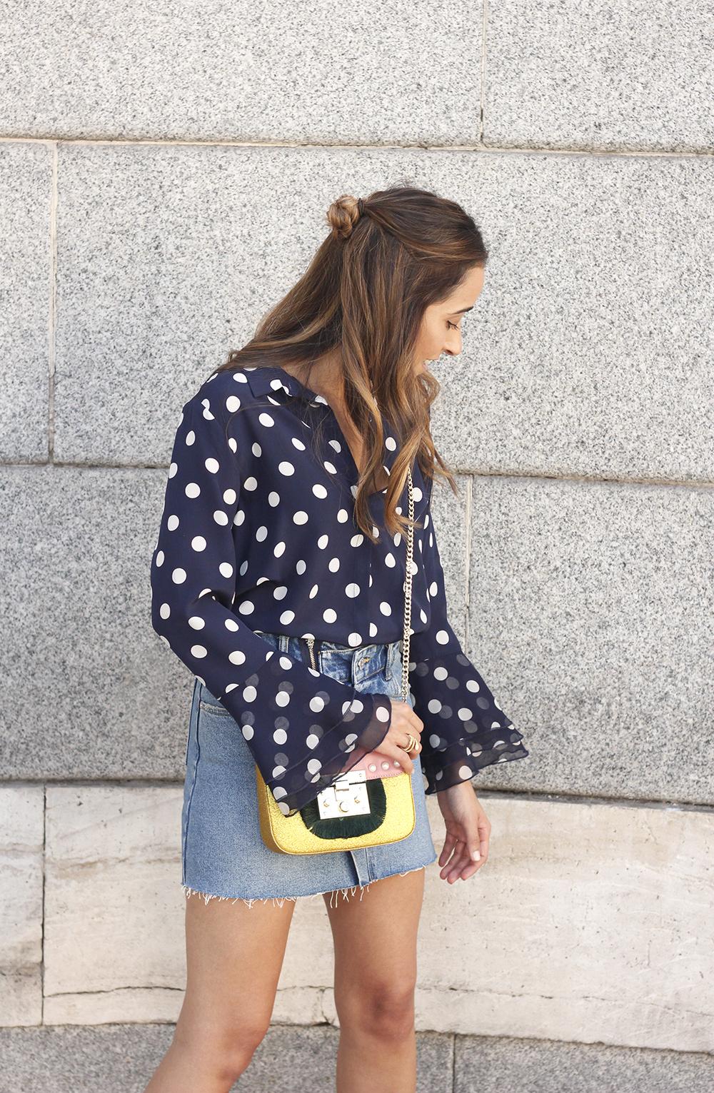 Polka dots shirt uterqüe bolso denim skirt girl outfit fashion08