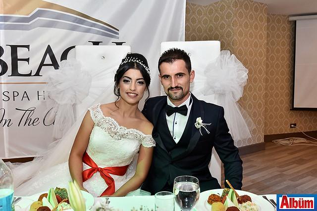 Mehmet Özcan, Reyhan Güllü