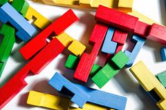 Wooden puzzle pieces (Holz-Puzzle)