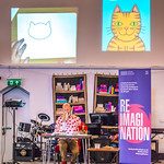 Nick Sharratt live draws in his event | © Cindy-Lou Ramsay