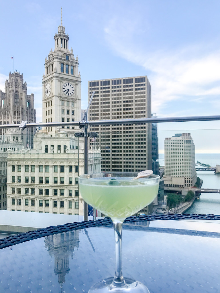 Stay Green - Belvedere, Cucumber, Lemon, Juice, Simple Syrup, White Vermouth
