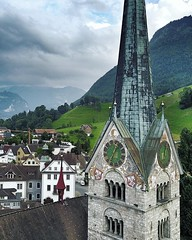 (#droneview) | Parish Church of St. Peter and Paul | #Stans Lucerne. The small and quaint town at 450 meters above sea level with roughly 8,000 inhabitants lies in privileged position between Lake #Lucerne and the mountains. The main town of #Nidwalden, a
