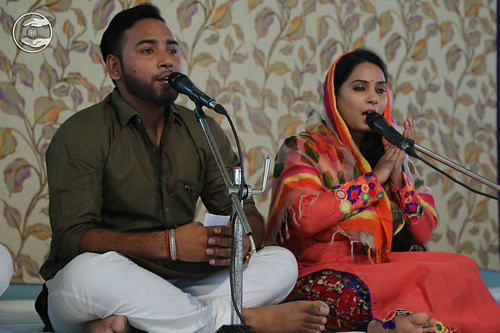 Devotional song by Sapna Panna from Avter Enclave, Delhi