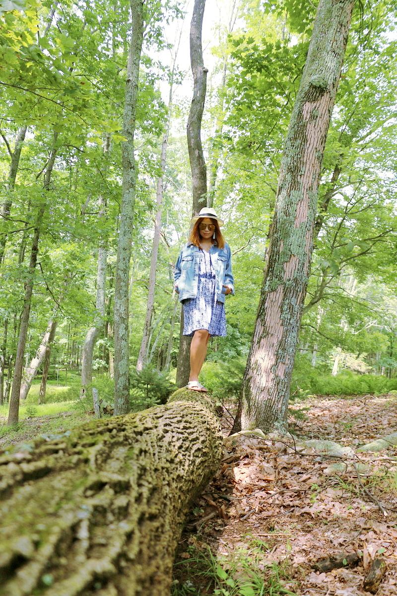 denim-jacket-blue-dress-coverup-straw-hat-4