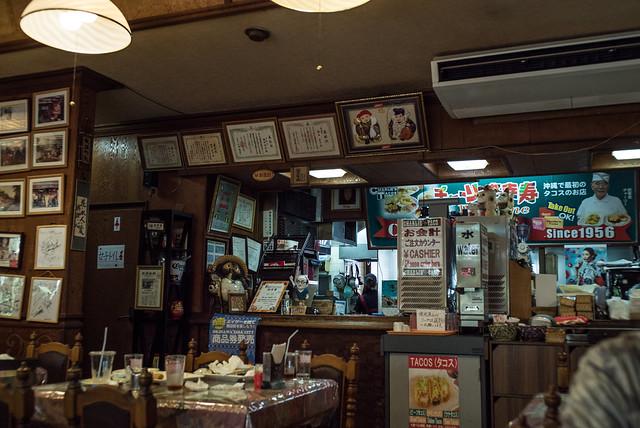 BCストリート、チャーリータコス。コザ Koza, Okinawa, 08 Aug 2017 -00101