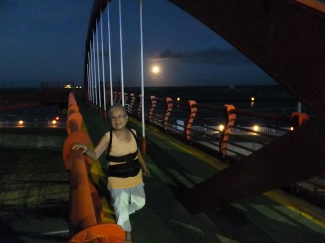 橋上觀月 (13)