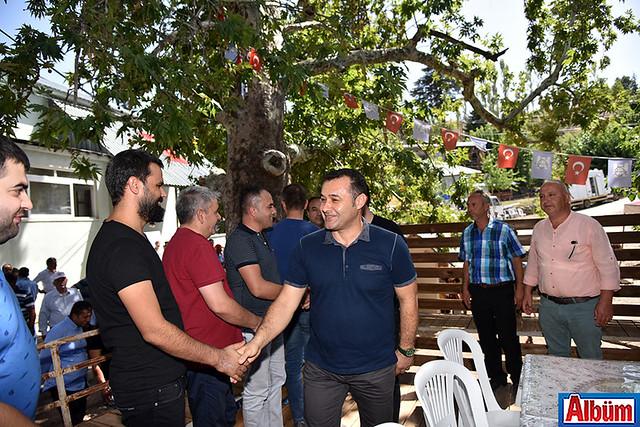 Alanya Belediye Başkanı Adem Murat Yücel Karaköy şenliklerinde Selçuklu kaftanı giydi -4