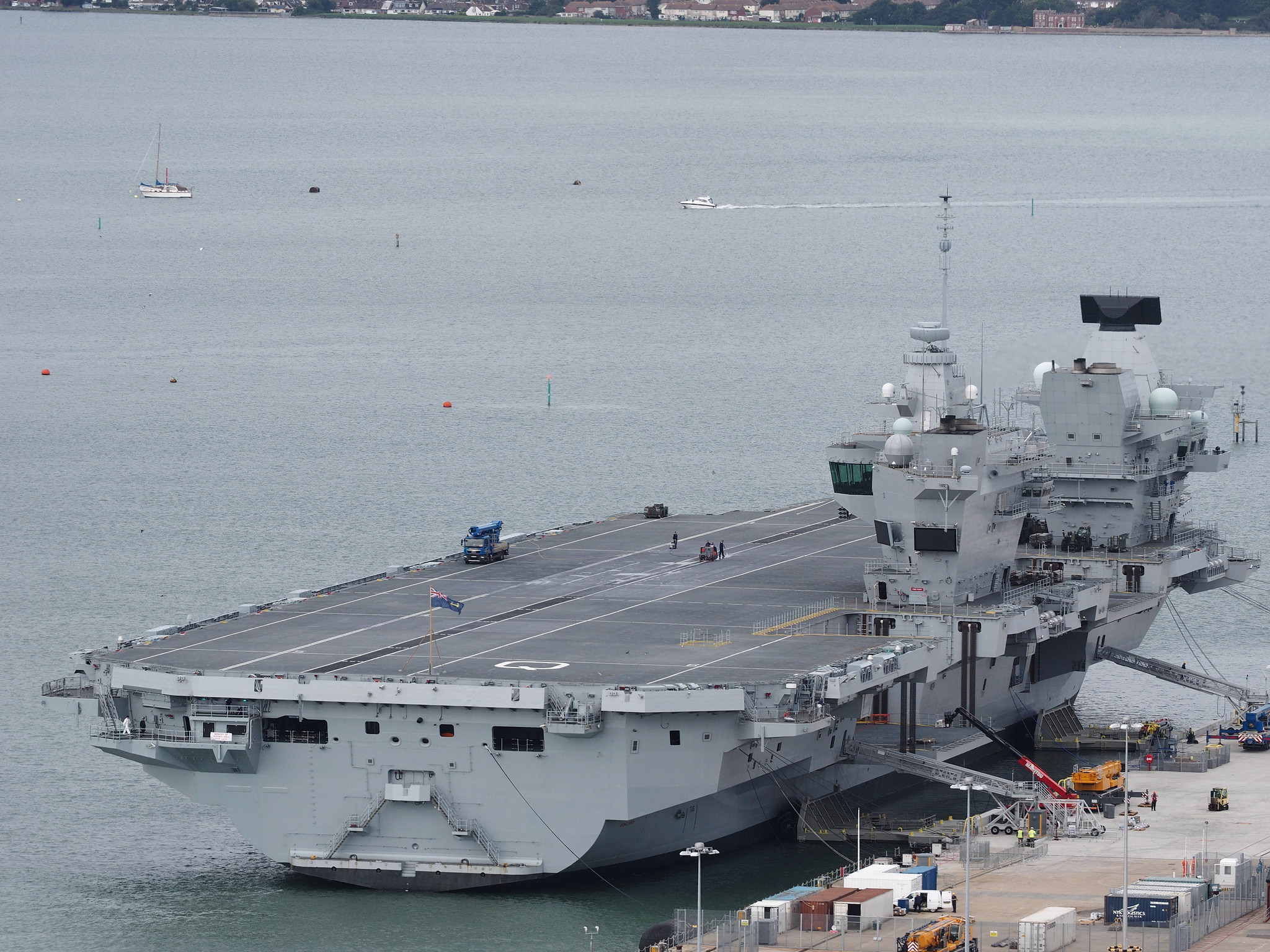 Aircraft Carrier (HMS Queen Elizabeth & HMS Prince of Wales) - Page 18 36386791470_196174809b_k