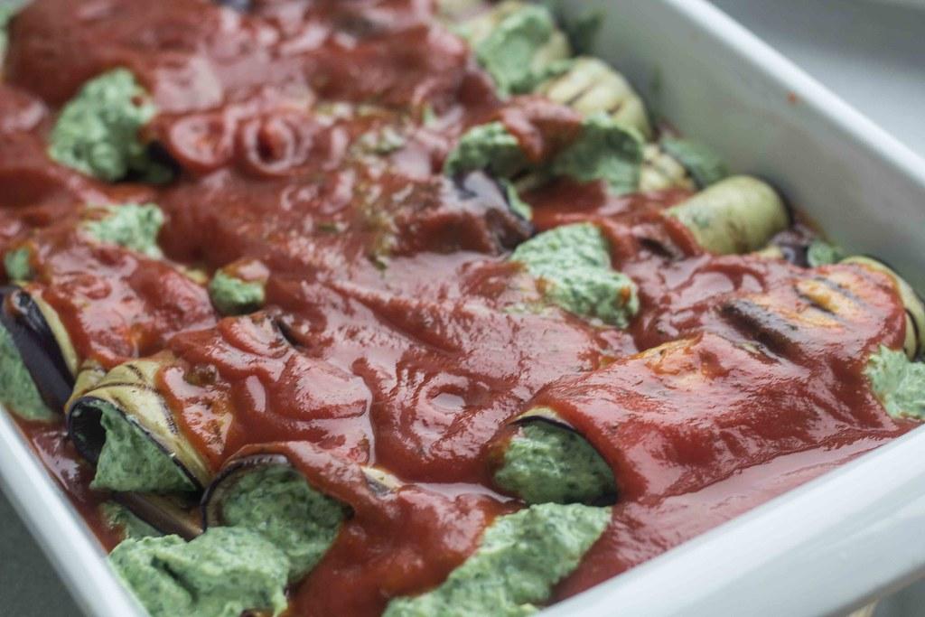 Aubergineruller med spinat og ricotta (13)
