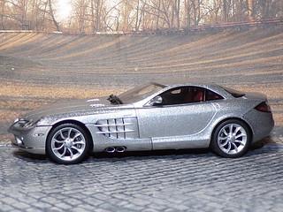 Mercedes Benz SLR McLaren - 2004 - AutoArt