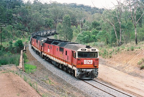110-18 1991-12-29 8129 and 8136 on U212 at Bylong