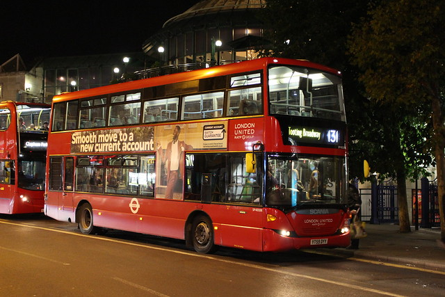 London United SP40108 on Route 131, Wimbledon