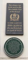 Elizabeth Ii Green Plaque Open Plaques