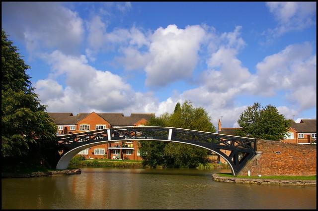 The Britannia Bridge Hawkesbury, Pentax K110D, smc PENTAX-DA 18-55mm F3.5-5.6 AL