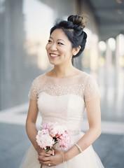 Tendance Robe du mariage 2017/2018 – Short sleeve wedding dresses: Photography: Christine Choi – www.christinechoi……
