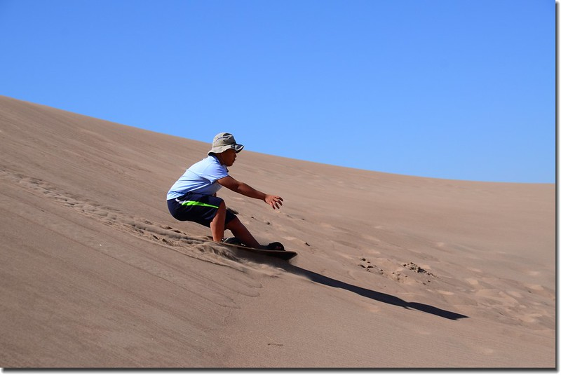 Sledding at Great Sand Dunes  (23)
