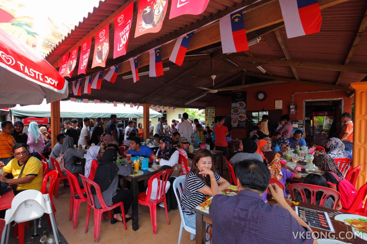 Mango Float Royale Melaka Restaurant