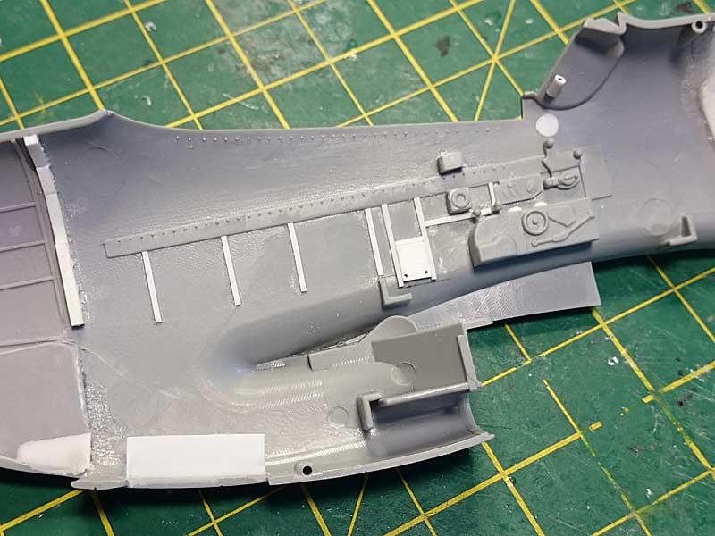 P-51D-5 (Dragon, 1/32) 36401585222_6b94876c37_b