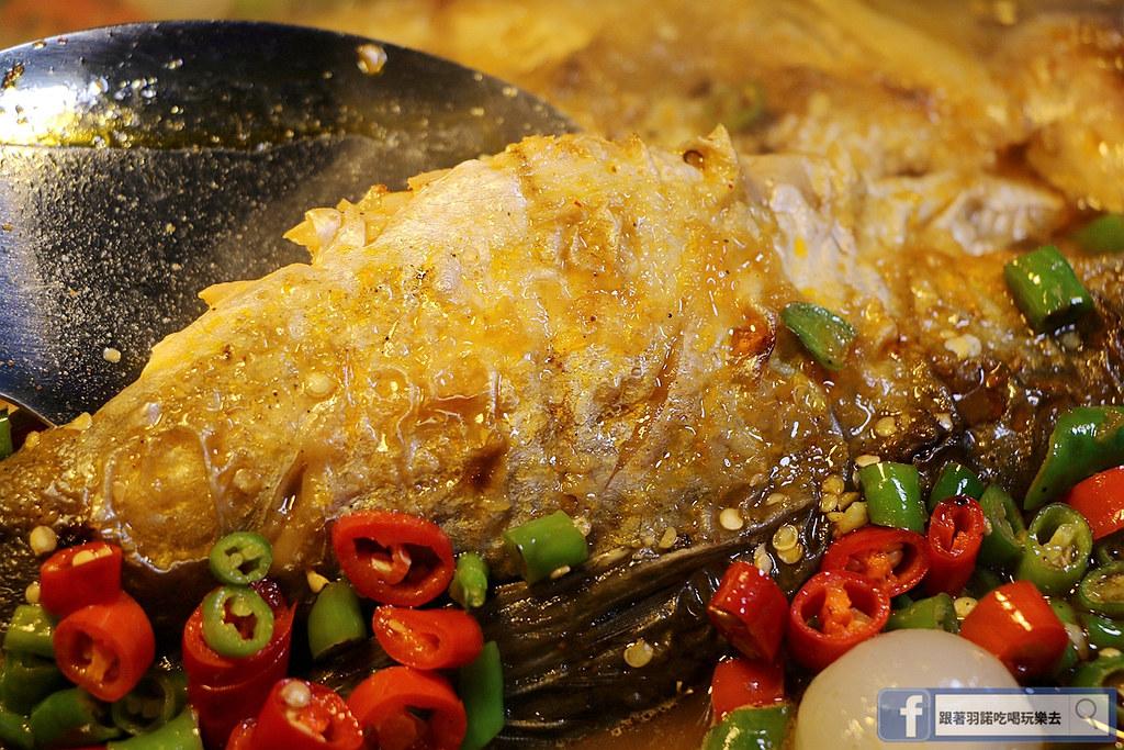 水貨/新北中和/炭火烤魚070