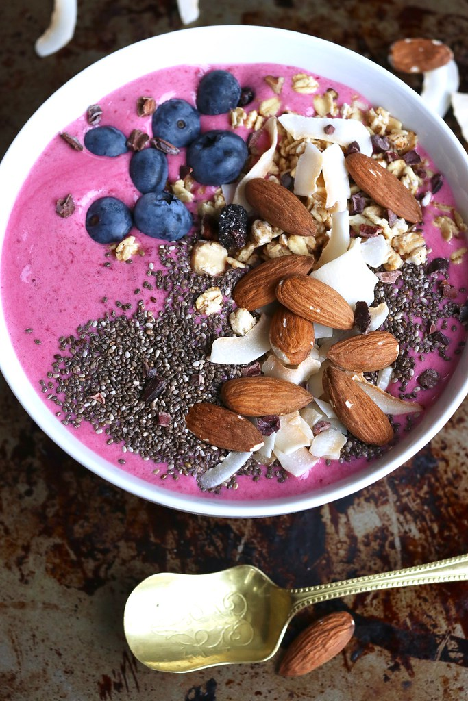 beetroot berry bowl, breakfast bowl, Food, katecooks, protein, protein bowl, protein bowl recipe, protein powder, protein powder recipes, what to make with protein powder, whey powder, food styling, food photography, acai bowl,