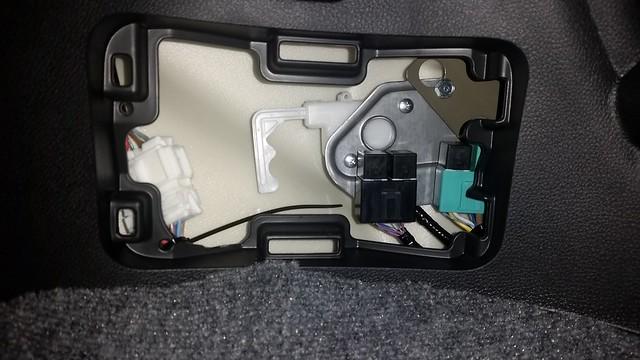 Got Fixed  Fuel Door Stuck - Honda Pilot