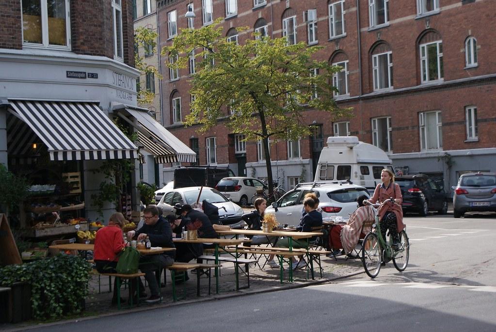 Une autre terrasse sur Stefansgade dans une partie plus chic du quartier.