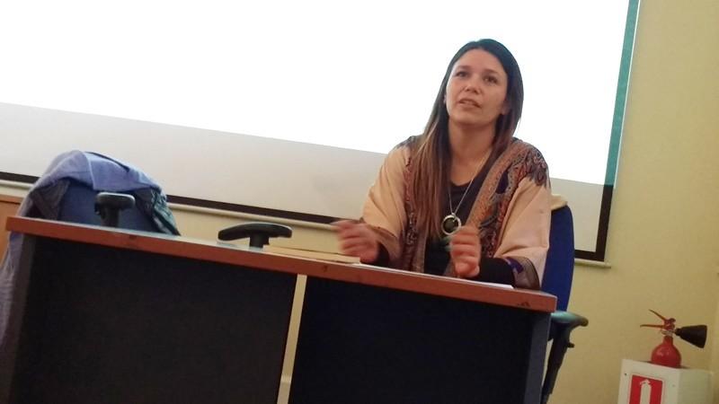 """Charla """"Derechos de Género y Diversidad"""", a cargo de Srta. Natalia Contreras, Concejala de Santiago y Claudia Ibaceta, Municipalidad de Vitacura. 7 septiembre de 2017.-"""