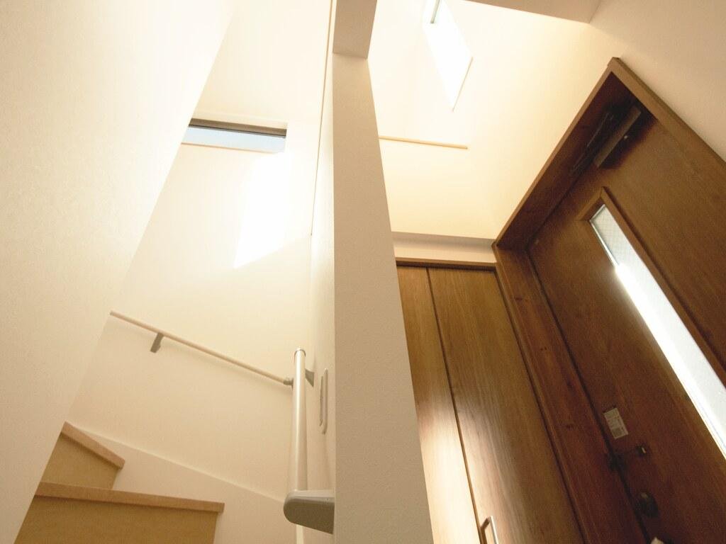 玄関の吹抜けの天井