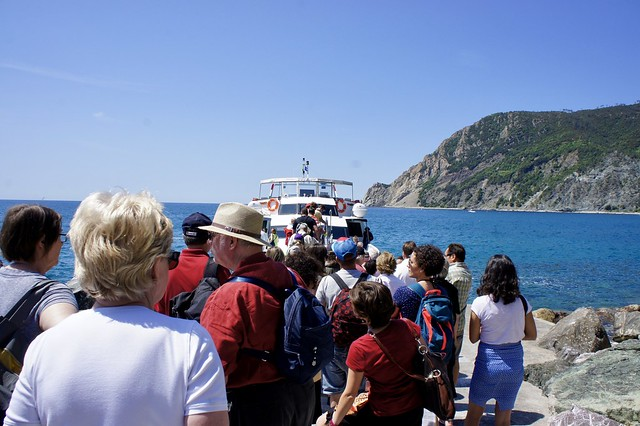 ferry-cinque-terre-cr-ciu-travel