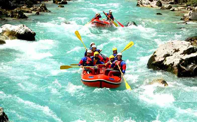 Only one rafting on the Neretva river