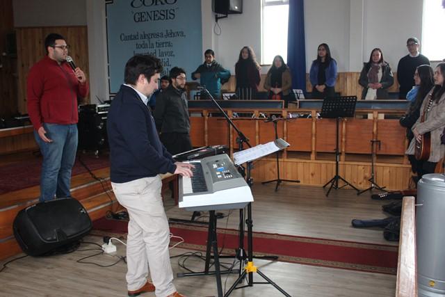 Ensayo de Coro en preparación del Evento de Juventud
