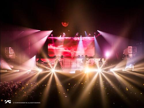 Taeyang WHITE NIGHT in Chicago 2017-09-03 (13)