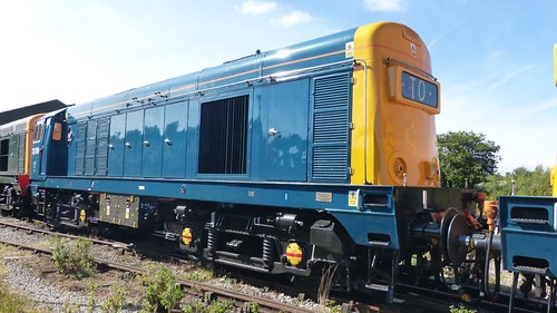 20 189 'British Rail' Class 20 loco /2 on Dennis Basford's railsroadsrunways.blogspot.co.uk