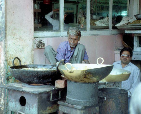 010-1India1995