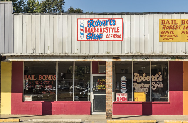 Roberts Barber & Style Shop