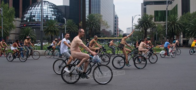 naturist 0041 WNBR World Naked Bike Ride, Mexico