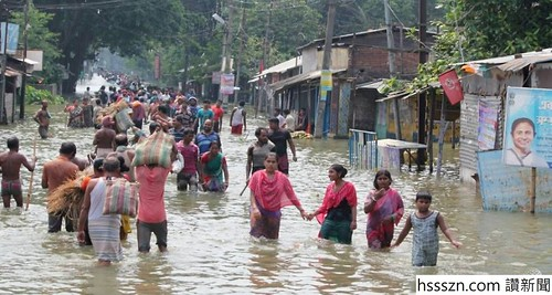 the-monsoon-floods-in-south-asia-have-now-affected-more-than-24-million-people-1503399583013-6_991_529