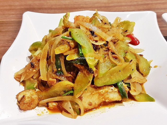 Stir-Fried Leatherjacket Fish With Bitter Gourd