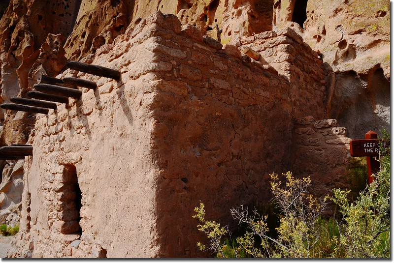 Reconstructed cliff house at Bandelier National Monument (1)