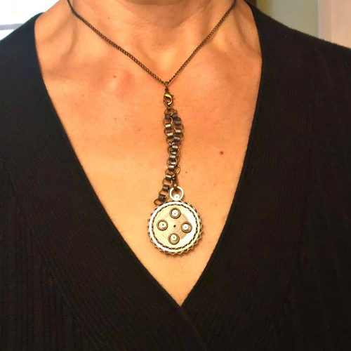 #paperjewelry Quilled Steampunk-Inspired Necklace by Deb Mackes