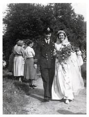 WEDDING . SAFFRON WALDEN ESSEX (3)