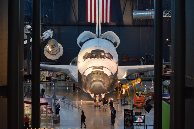 Space Shuttle Discovery - Steven F. Udvar-Hazy Center | National Air and Space Museum 2017
